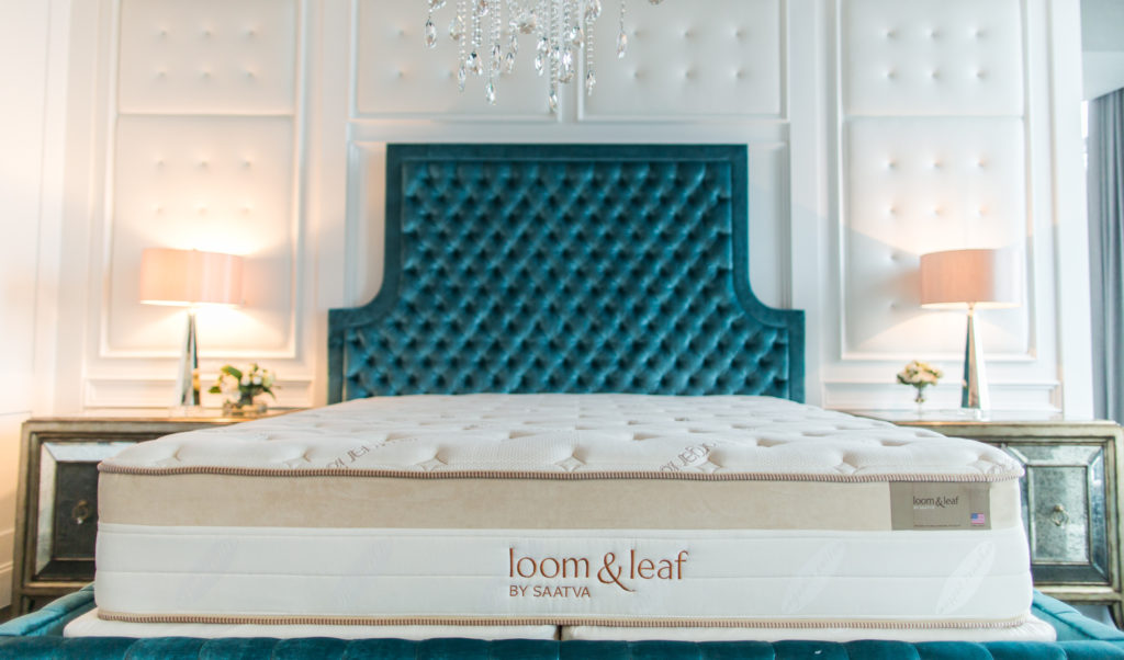 Loom And Leaf Best Memory Foam Mattress For Heavy PeoPle